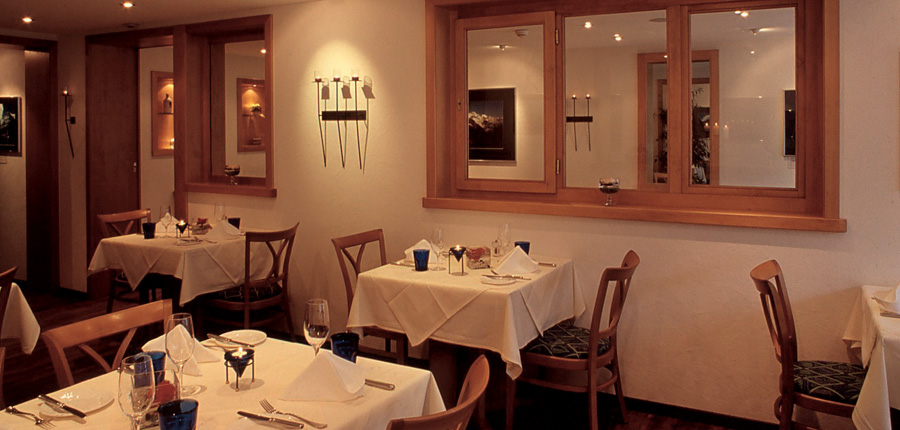 Hotel Eiger, Grindelwald, Bernese Oberland, Switzerland - Dining room.jpg